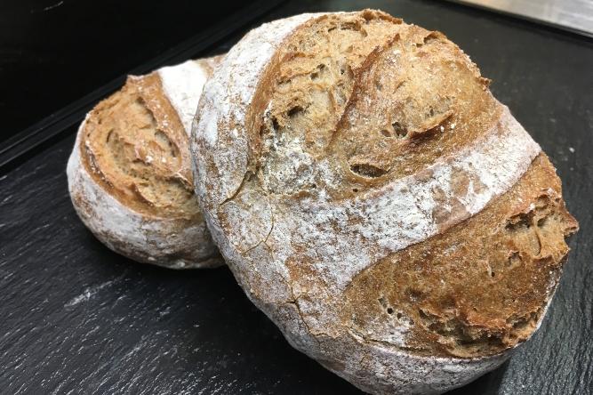 Chäppeli UrDinkel Brot   Cafe Koller AG
